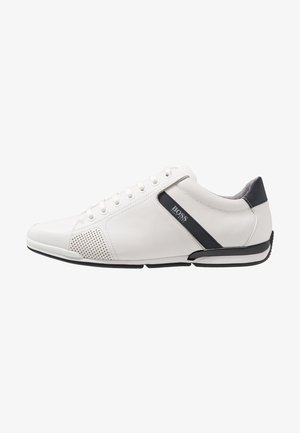 SATURN - Trainers - white
