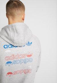 adidas Originals - HOODY - Huppari - grey - 4