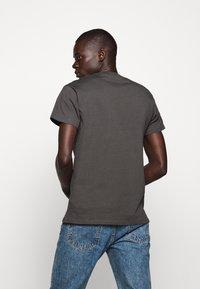 Fiorucci - VINTAGE ANGELS TEE - Print T-shirt - dark grey - 2