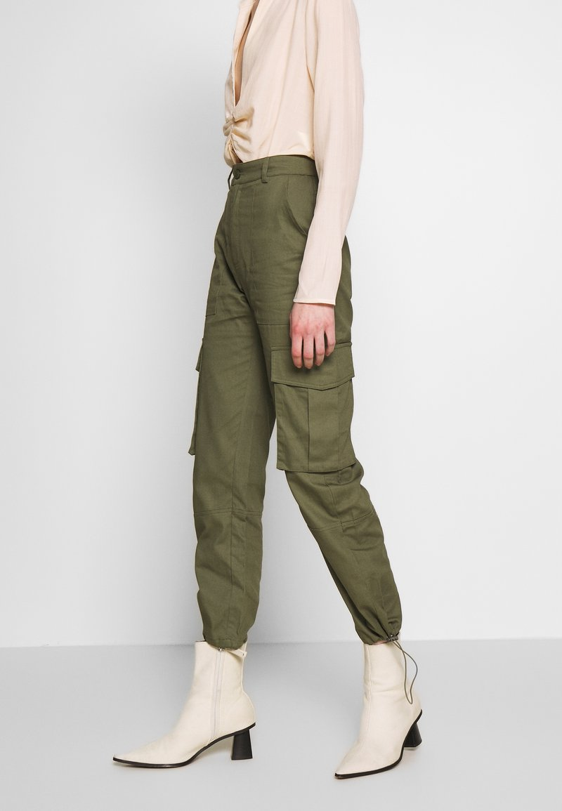 Missguided - DRAWCORD CUFF TROUSER - Trousers - khaki