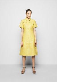 Proenza Schouler White Label - DRESS - Paitamekko - citron - 0