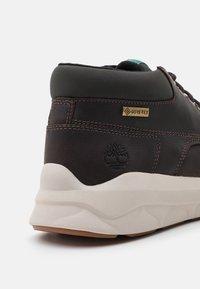 Timberland - BRADSTREET ULTRA GTX - High-top trainers - dark brown - 5