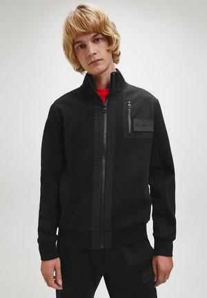 Vest - ck black