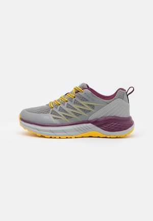 TRAIL DESTROYER WOMENS - Hikingsko - steel/super lemon/grape wine
