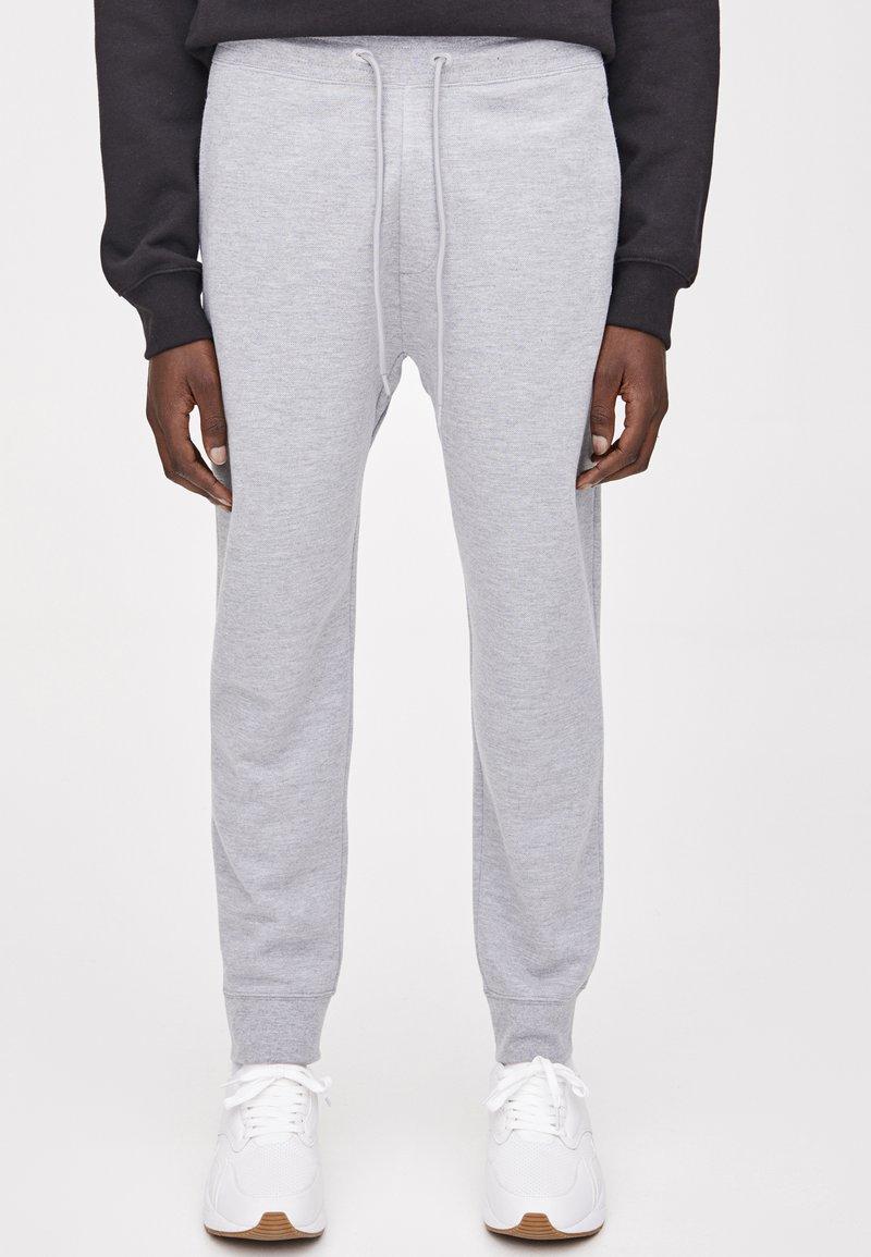 PULL&BEAR - Teplákové kalhoty - light grey