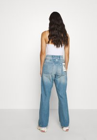 G-Star - LINTELL HIGH DAD  - Jeans Relaxed Fit - antic faded marine blue - 2