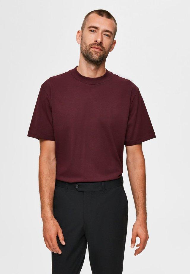 T-shirt basique - winetasting