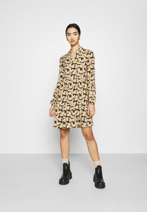 VILANA DRESS - Kjole - black/multi