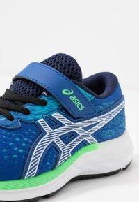 ASICS - PRE EXCITE 7 - Chaussures de running neutres - blue/white - 2
