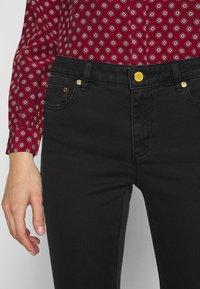 MICHAEL Michael Kors - SELMA SKINNY - Jeans Skinny Fit - black - 3