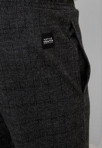 Native Youth - DELON PANT - Trousers - black - 5