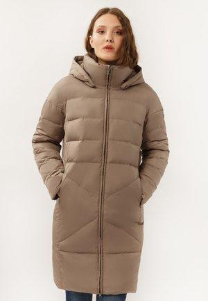 Winter coat - toffy