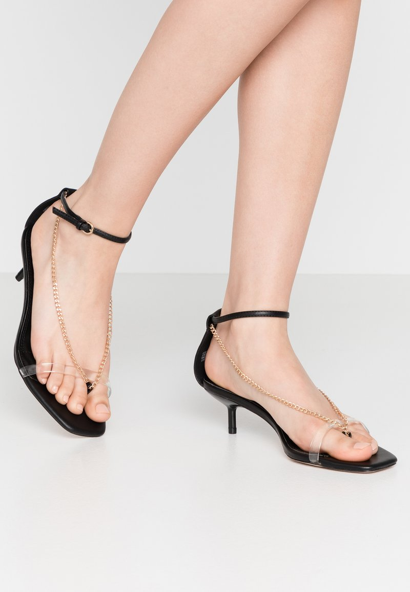 Topshop Wide Fit - WIDE FIT RUSH CHAIN MINI - T-bar sandals - black