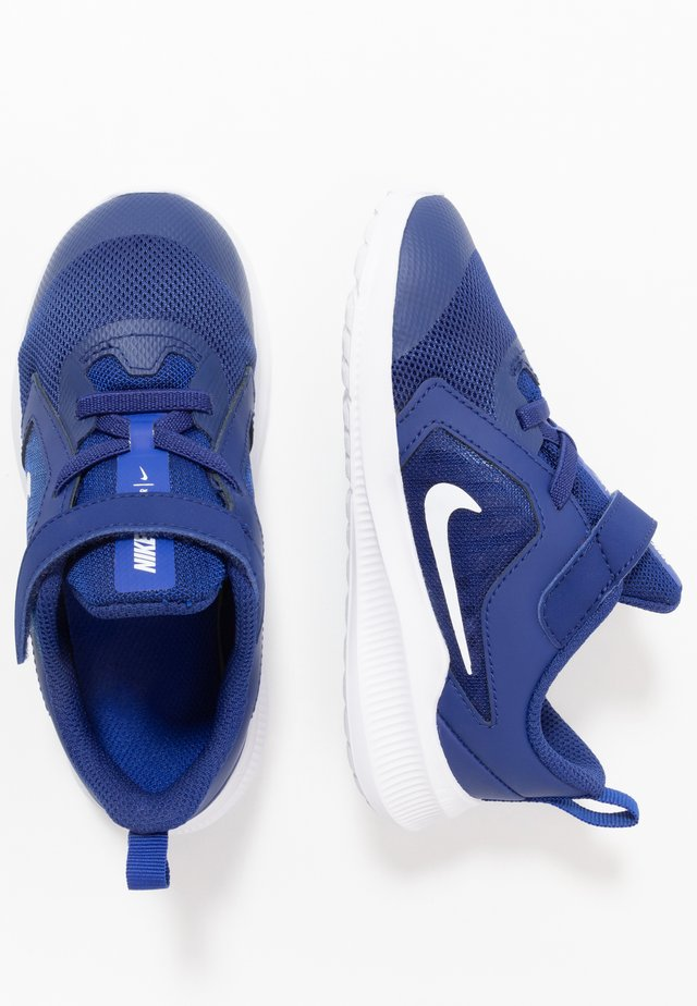 DOWNSHIFTER 10 UNISEX - Hardloopschoenen neutraal - deep royal blue/white/hyper blue