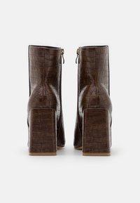 Glamorous Wide Fit - Kotníková obuv na vysokém podpatku - brown - 3