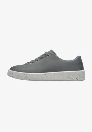 Sneakers laag - metall grau