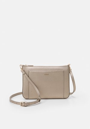 CROSSBODY BAG FAME - Schoudertas - silver