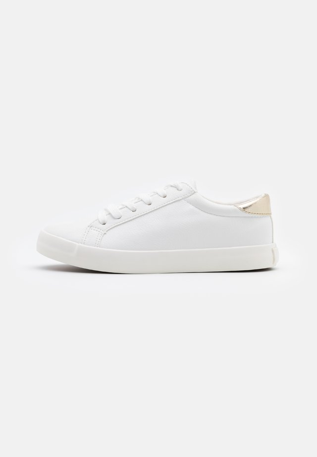 ALLY RISE - Trainers - white/gold