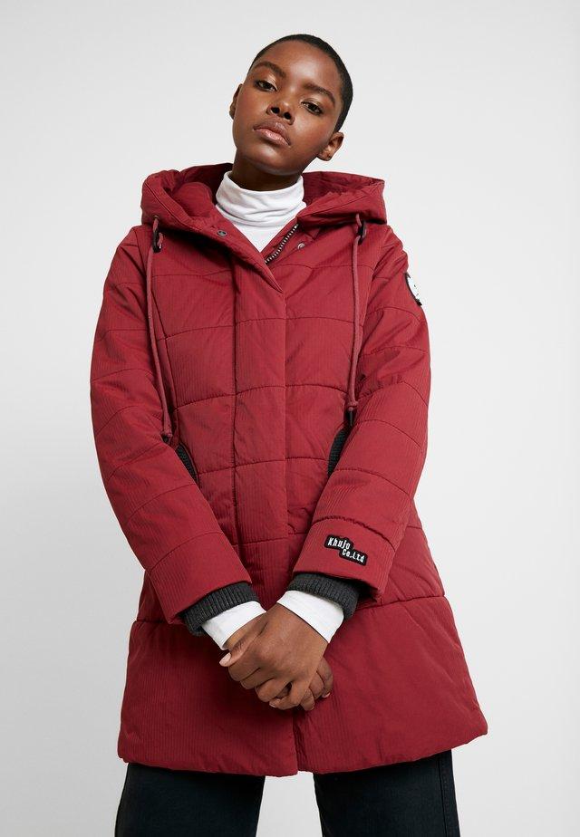 Krótki płaszcz - red