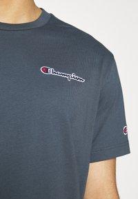Champion Rochester - CREWNECK - Print T-shirt - blue - 4