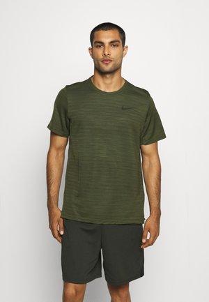 DRY SUPERSET - T-shirts basic - rough green/black