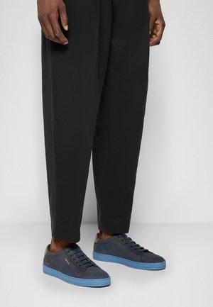 HASSLER - Sneakers laag - navy/light blue