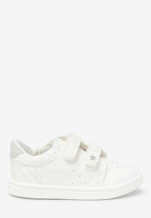 Zapatillas - off-white
