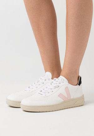 VEGAN V-10 - Sneaker low - white/petale/black