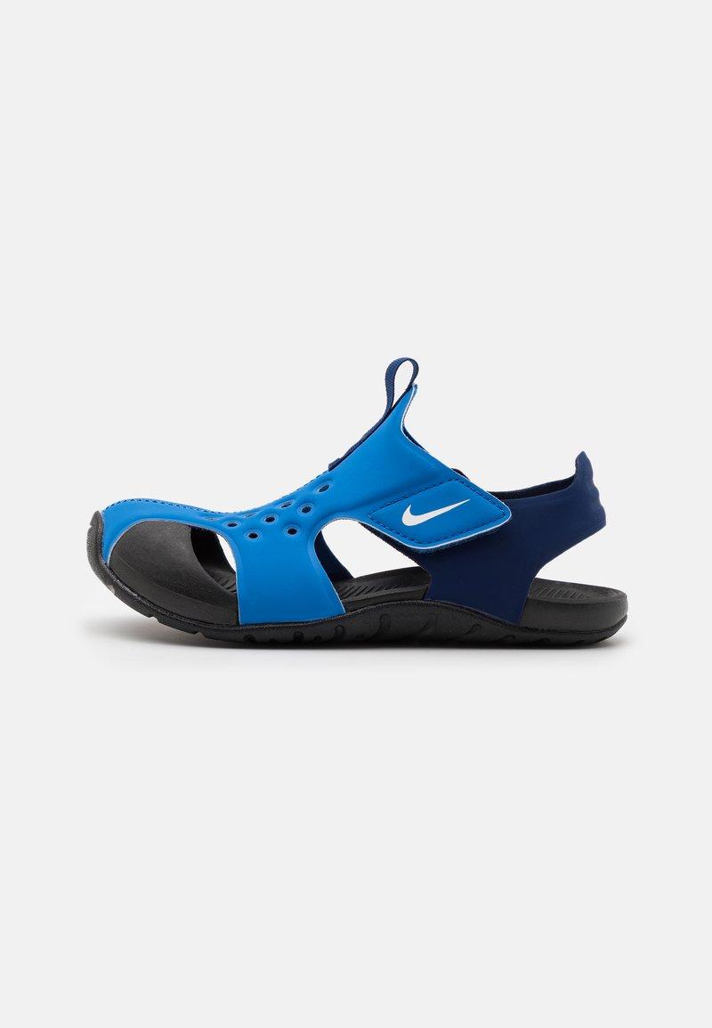 Nike Performance - SUNRAY PROTECT 2 UNISEX - Chanclas de baño - signal blue/white/blue void/black