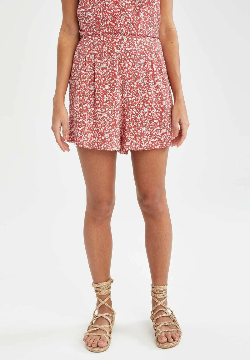 DeFacto - Shorts - red