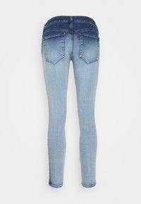 Diesel - SLANDY-LOW-ZIP - Jeans Skinny - bleached indigo - 1