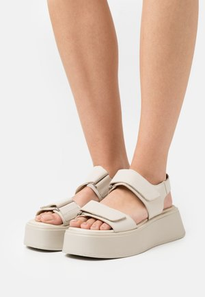 COURTNEY - Sandales à plateforme - offwhite