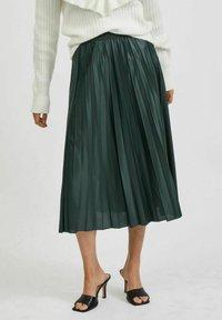 Vila - VINITBAN  - A-line skirt - darkest spruce - 0