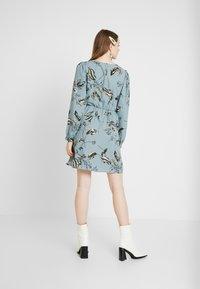 Vero Moda - VMSUS SHORT DRESS - Kjole - slate - 3