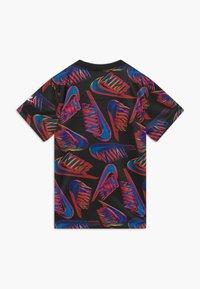 Nike Sportswear - HIFI FUTURA TEE - Print T-shirt - black - 1