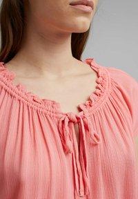 Esprit - BLOUSE - Print T-shirt - coral - 3