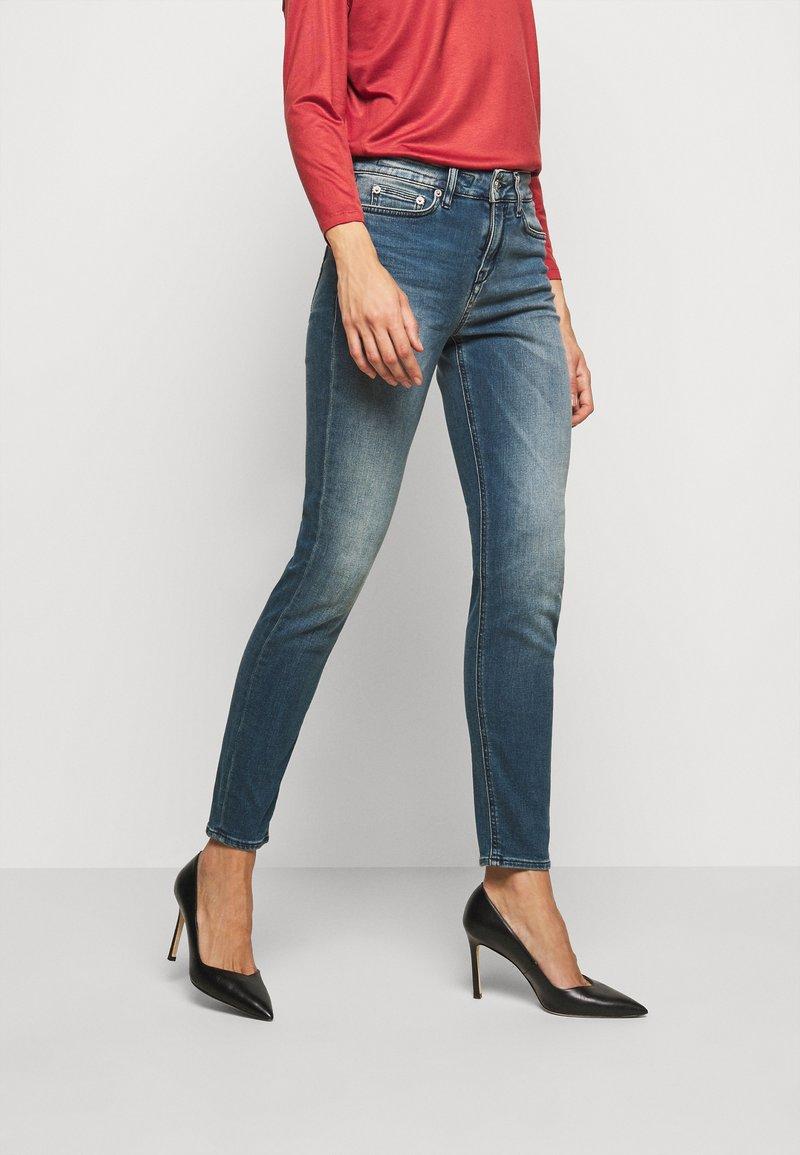 DRYKORN - PULL - Jeans Skinny - blau