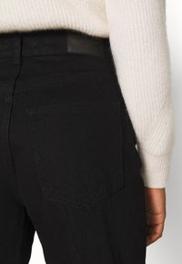 Gina Tricot - 90S HIGH WAIST - Jeans baggy - black - 4