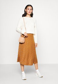 Nümph - NUBUNTY SKIRT - A-line skirt - buck brown - 1