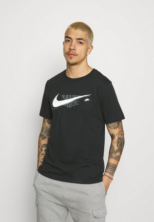 COURT TEE - Print T-shirt - black