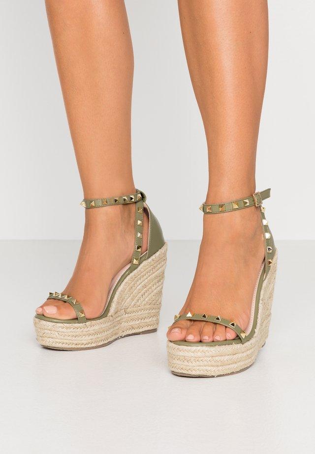 WIDE FIT KORI - Korolliset sandaalit - green