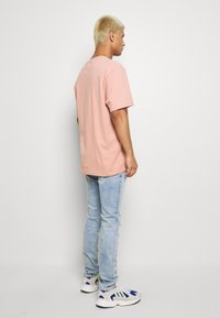 G-Star - REVEND SKINNY - Jeans Skinny Fit - elto pure superstretch/sun faded ripped topaz blue - 2