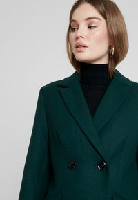 mint&berry - Classic coat - scarab - 3