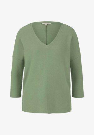 COSY V-NECK TEE - Jersey de punto - light mint green