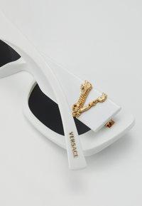 Versace - Occhiali da sole - white - 2