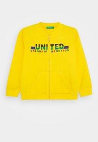 Benetton - Hoodie met rits - yellow - 0