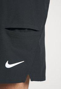 Nike Performance - SHORT - Pantalón corto de deporte - black/white - 5