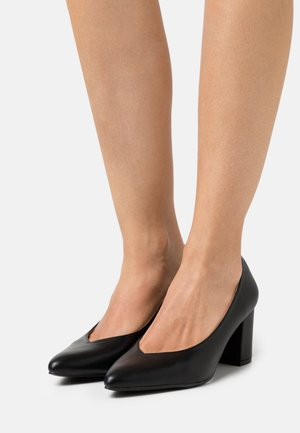 WIDE FIT JULES - Klassiske pumps - black
