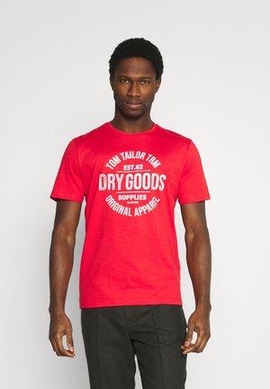 T-Shirt print - powerful red