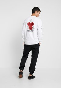 HUF - BONES AND ROSES TEE - Long sleeved top - white - 2